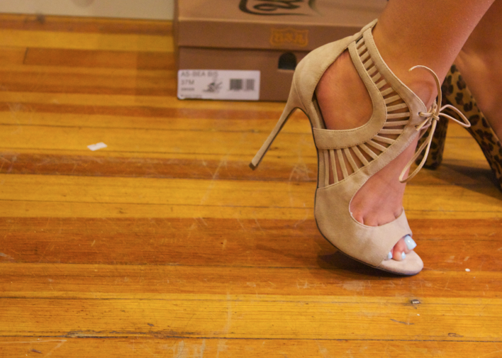 nudeheels laceupheels laceupshoes shooties booties fashion designer sinnstyle samplesale newyorkcity sellitnowny missyonmadison fashionblog blogger