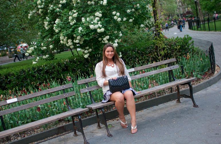 missyonmadison madisonsqpark blogger blog spring springfashion rebeccaminkoff style styleblog city nyc newyorkcity flowers beauty nature park