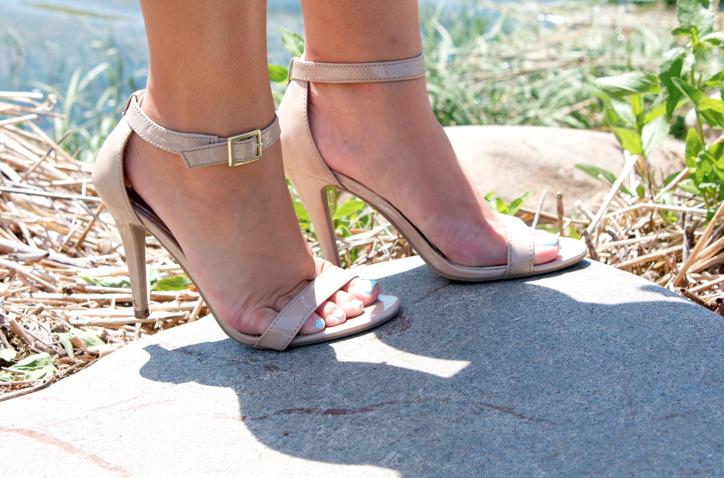 nudesandals nudeheels summer feet pedicure missyonmadison style shop blog blogger fashion fashionblog fashionblogger styleblog styleblogger