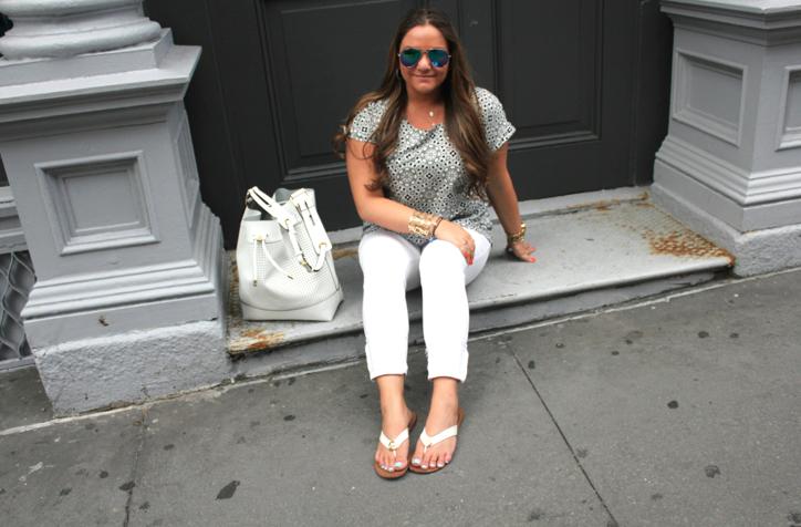 missyonmadison blog blogger fashion fashionblog fashionblogger target oldnavyu whitejeans nyc whitebucketbag style styleblog casuallook