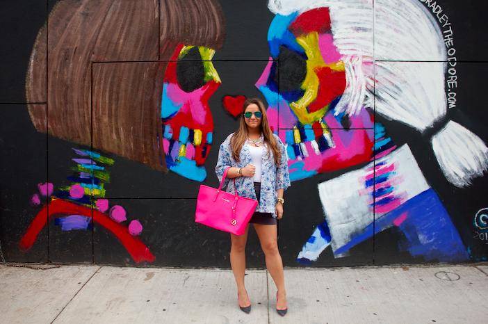 soho missyonmadison blog blogger fashion style annawintour karllagerfeld annakarlmural nyc pink michaelkorstote ninewestjacepump