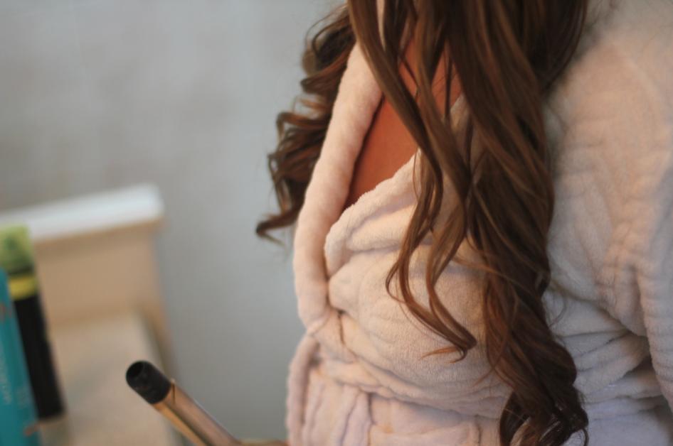 missyonmadison beauty hair brunette haircurling diy beautytips beautyguide hottools longhairdontcare dryshampoo hairspray photography fashionblog blog blogger beautyblogger