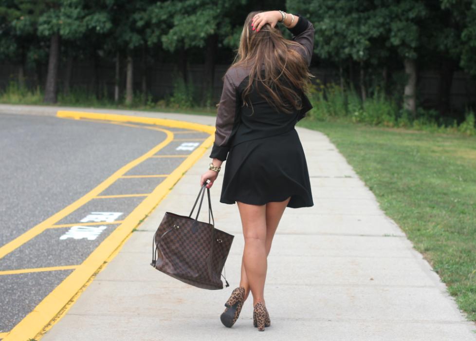 missyonmadison fashionblog fashionblogger blackskaterskirt meronaleopardpumps targetstyle thanksgivingeve blackbandeau brunettehighlightedhair starnecklace horizontalbarnecklace louisvuittonneverfull louisvuittonneverfull