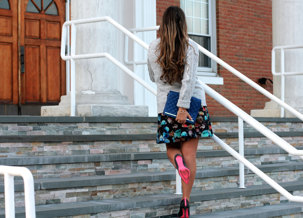 missyonmadison floralscubaskirt poshmark blogger fashionblog fashionblogger longisland longislandblogger cableknitsweater quiltedbluebag cameronsilverforninewestpumps brunettehair howtowearredlipstick oldnavygraycableknitsweater cobaltbluequiltedclutch floralstreetstyle flirtyfallflorals