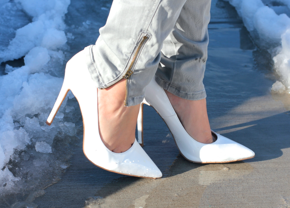 melissa tierney, missyonmadison, carolinna espinosa, silver clutch, carolinna espinosa silver clutch, poshmark, resale, selling online, fashion blog, fashion blogger, style, spring style, spring, spring outfit inspo, outfit inspo, cobalt blue coat, blue coat, 6pm, anne klein coat, white pointed toe pumps, white pumps, steve madden, steve madden white pumps, gray skinny jeans, spring outfits for work, what to wear this spring, what to wear to work, gray infinity scarf, blogger, long island blogger, long island blog, huntington, huntington post office, huntington village, long island photography,