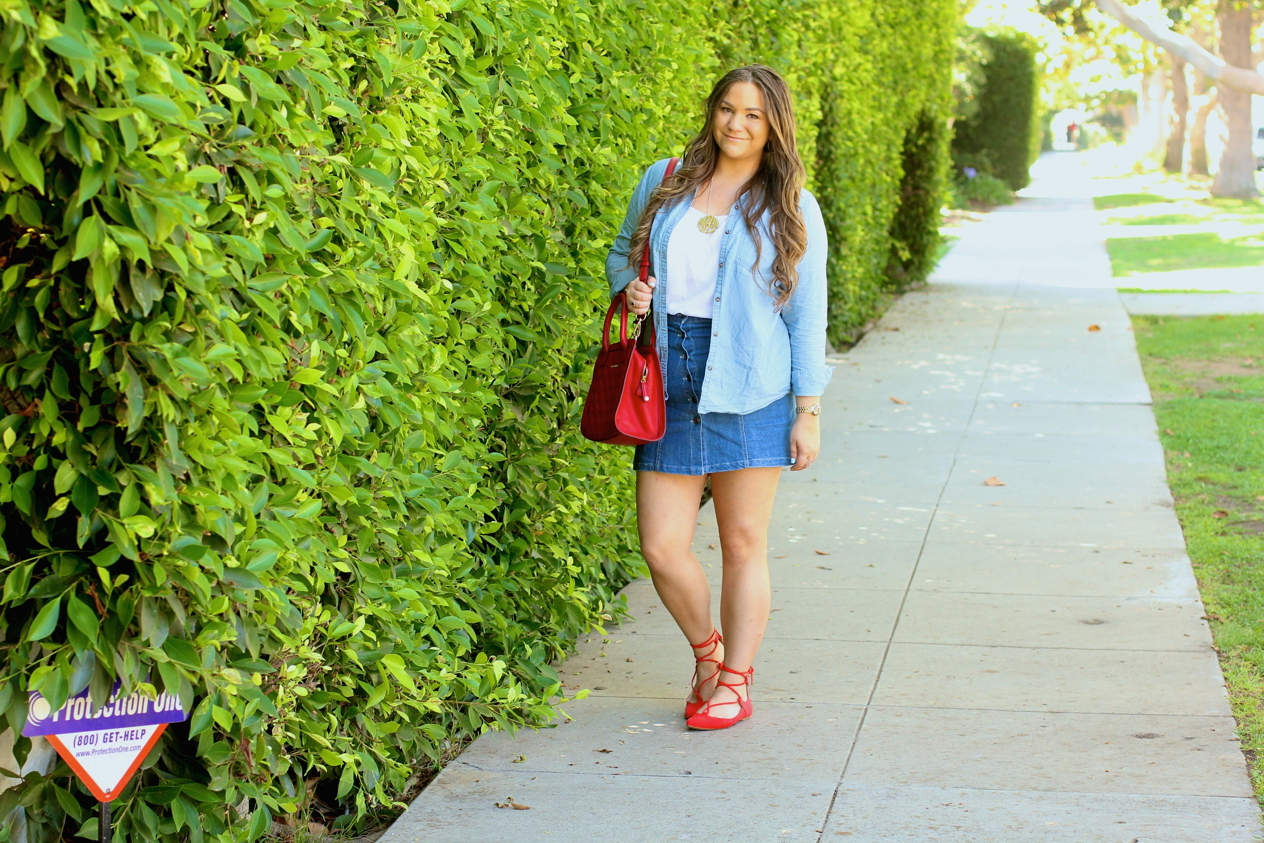 missyonmadison, melissa tierney, fashion blog, fashion blogger, style blog, style blogger, fall style, hello november, red lace up flats, topshop, topshop flats, denim skirt, denim button skirt, white chiffon tank top, chambray shirt, monogram necklace, baublebar necklace, baublebar monogram necklace, la blogger, brunette hair, denim front button skirt, red flats, lace up flats, vera bradley, red leather satchel, red vera bradley satchel,