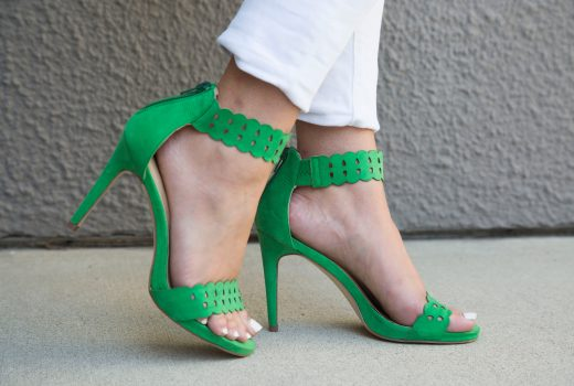 missyonmadison, melissa tierney, st pattys day, st patricks day, st patricks day outfit inspo, outfit inspo, fashion blog, fashion blogger, style blogger, style blog, green heels, green ankle strap sandals, metallic clutch, silver clutch, all for color, turqoise kimono, green kimono, white skinny jeans, old navy rockstar jeans, white chiffon camisole, apt 9 georgette camisole, kohls, old navy, green shoes, green sandals, hair goals, la blogger,