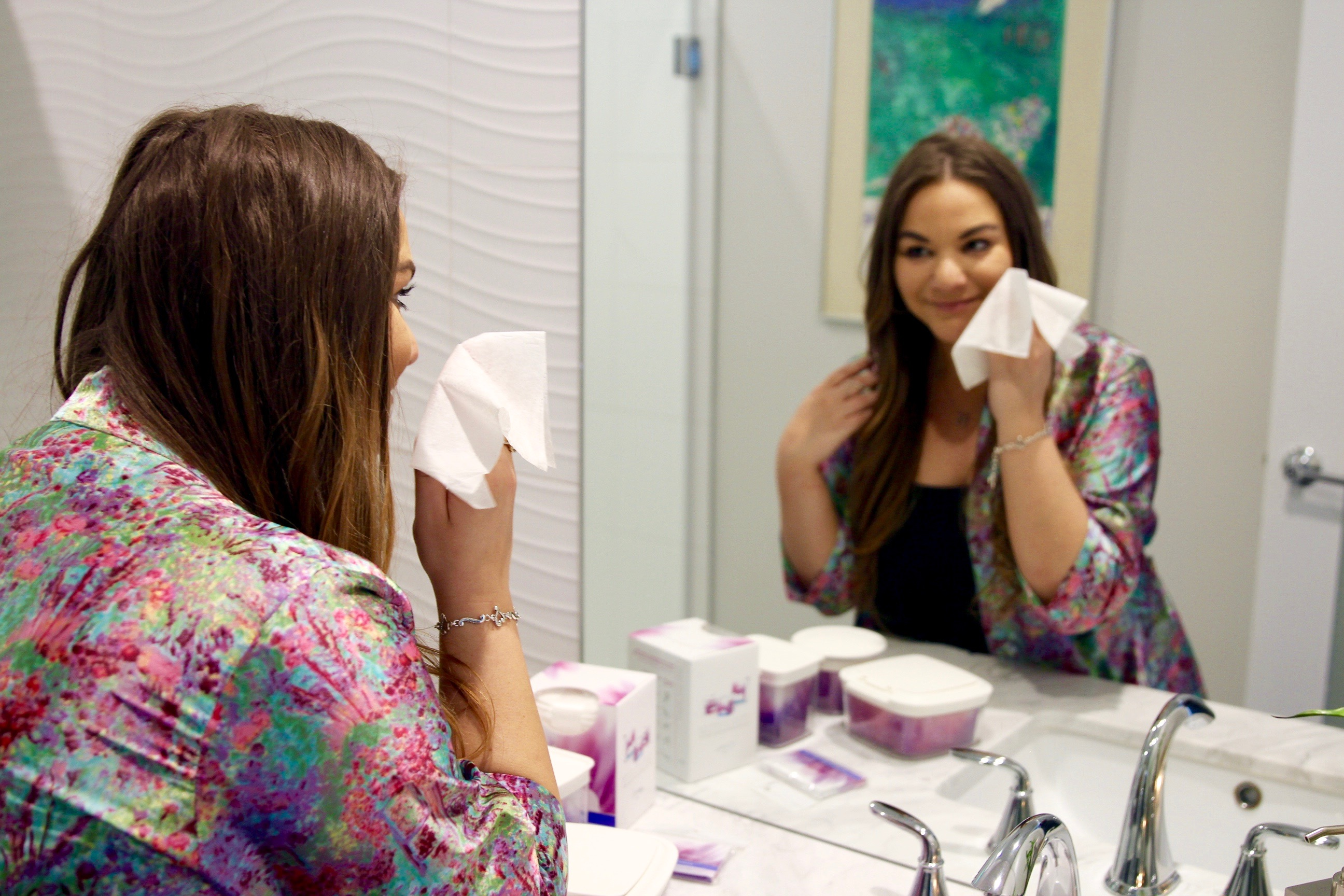 missyonmadison, melissa tierney, collectively inc, kleenex, kleenex cleansing system, facial cleansing, kleenex facial cleansing, facial wipes, makeup remover, makeup remover wipes, radiant skin, sample giveaway, product reviews, beauty blogger, kleenex reviews, healthy skin, skin care,