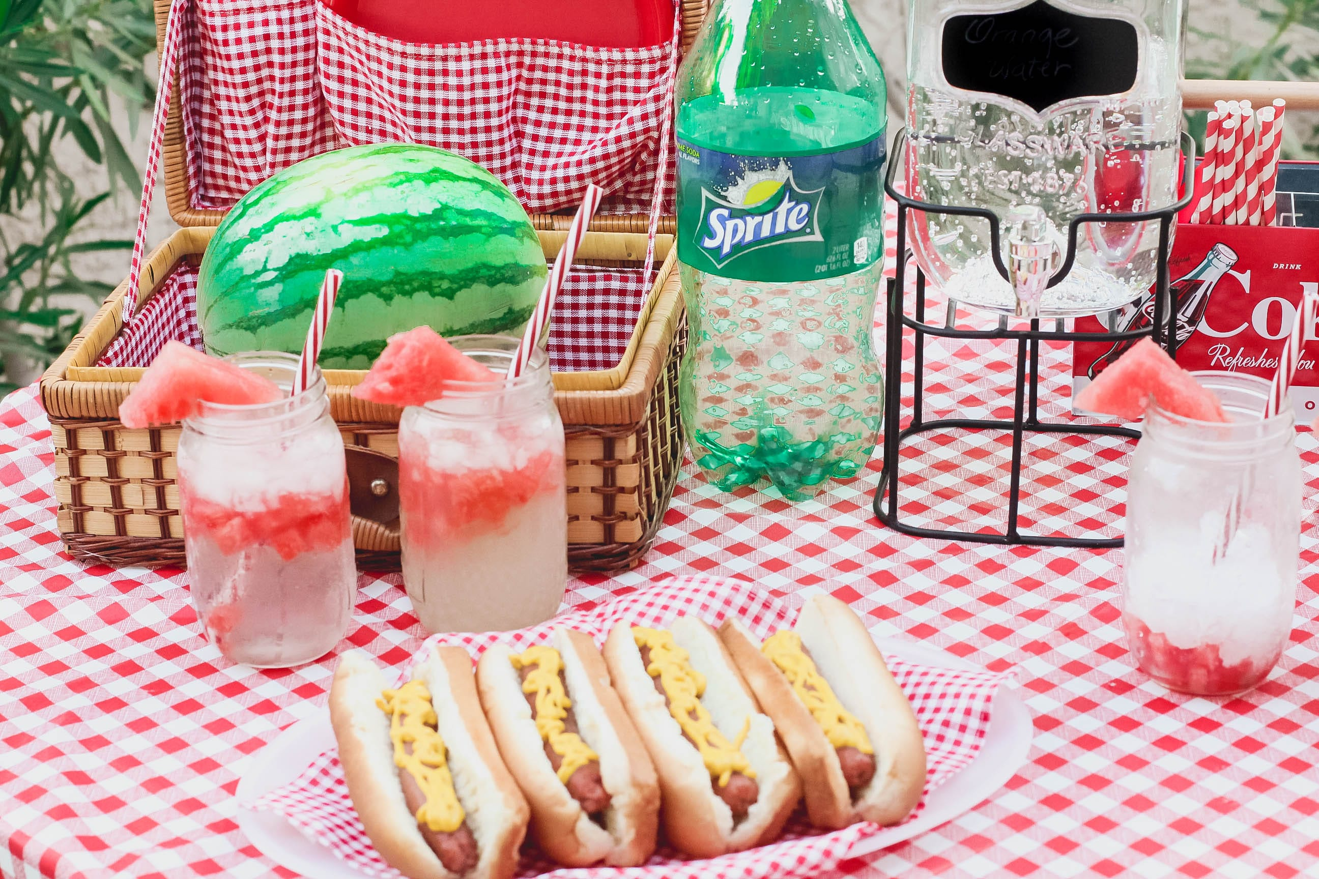 missyonmadison, melissa tierney, missyonmadison instagram, sprite, minute maid, pool party, bbq time, summertime 2017, summertime bbq, summertime pool party, summer 2017, how to throw a pool party, how to entertain this summer, kroger, ralphs, la blogger, fashion blogger, lifestyle blogger,