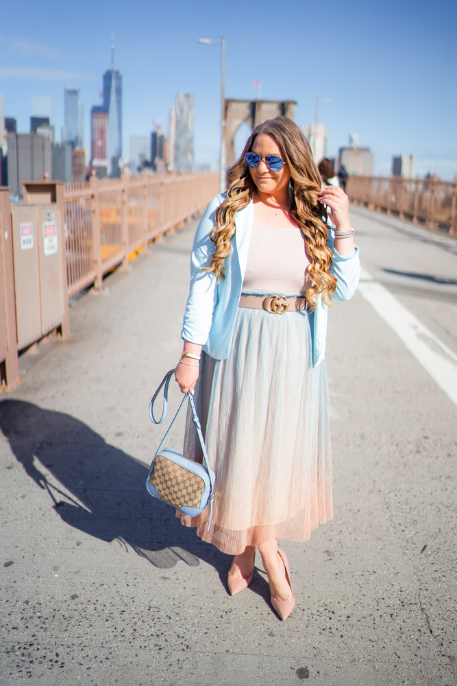 missyonmadison, missyonmadison instagram, la blogger, outfit inspo, outfit goals, ombre skirt, ombre tulle skirt, tulle skirt, nude patent leather pumps, gucci bag, gucci camera bag, tan crop top, beige crop top, bright blue blazer, blue blazer, turqoise blazer, gucci belt, ten gucci belt, rose gucci belt, brooklyn bridge, brooklyn bridge photoshoot, carrie bradshaw inspired, fashion blogger, style blogger, spring style, nude pumps,