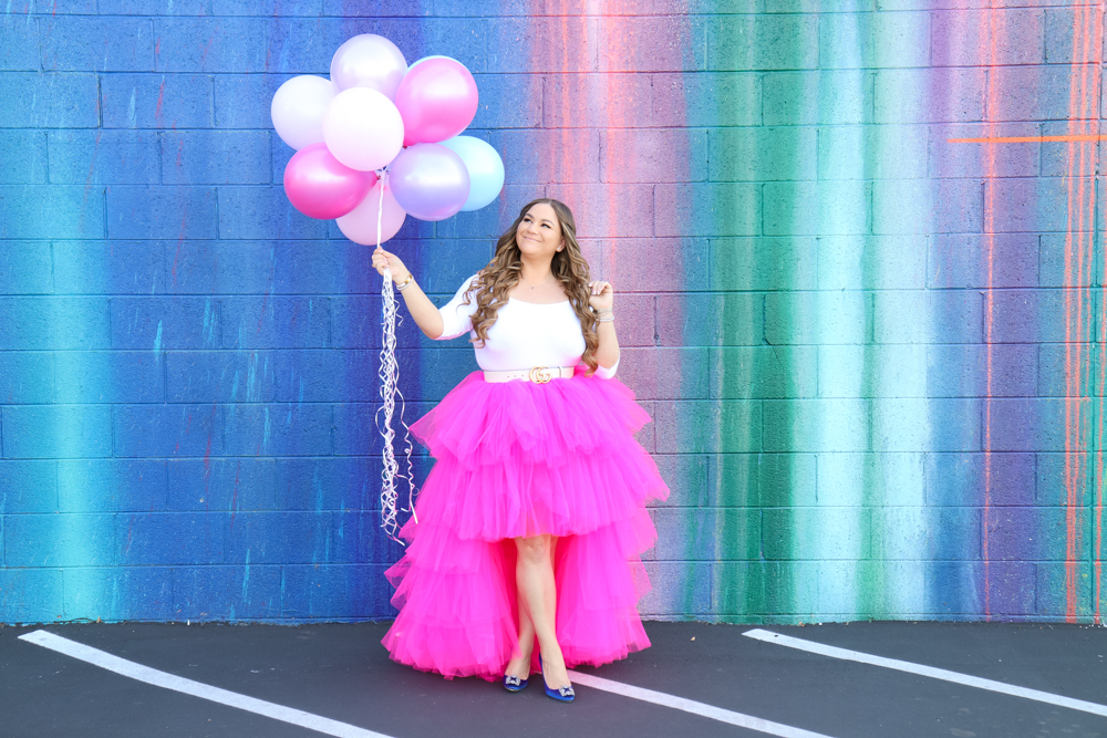 missyonmadison, missyonmadison blog, la blogger, paint drip wall pasadena, manolo blahnik pumps, manolo blahnik hangisi, gucci belt, white gucci belt, pink tulle skirt, birthday outfit, 28th birthday, birthday girl, manolo blahnik heels, how to style a tulle skirt,